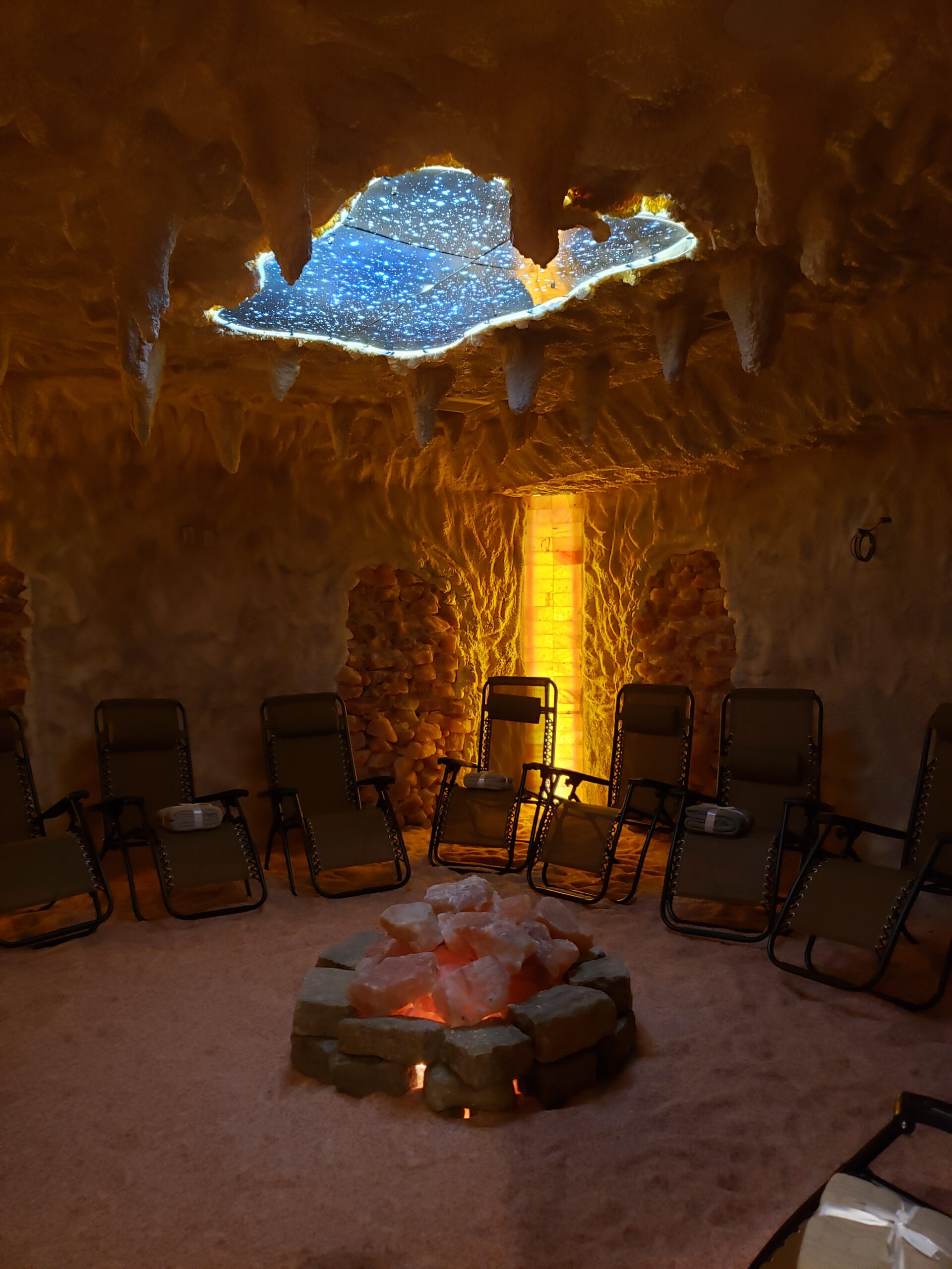 Amazing benefits of holistic healing: acupuncture, salt caves and more